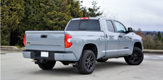 17_toyota_tundra_double_cab_trd_pro_rear-view
