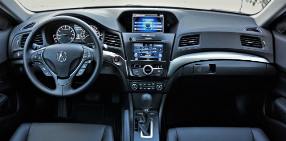 18_acura_ilx_technology_03600